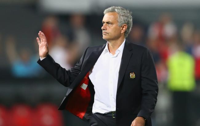 """Моурінью стурбований недостатньою підтримкою в """"Манчестер Юнайтед"""""""