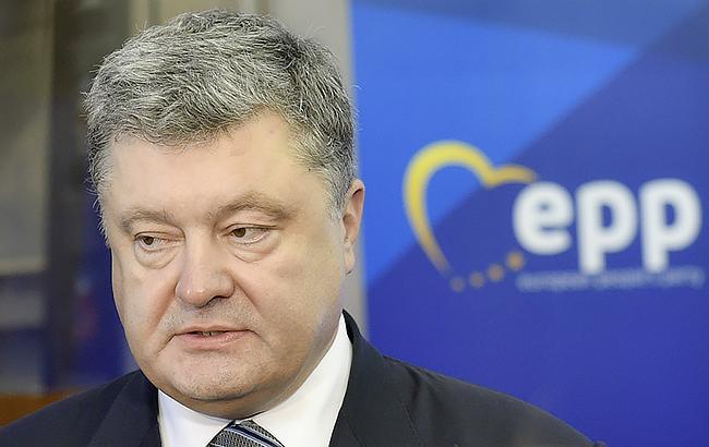 Конгресмени США на зустрічі з Порошенком виступили за посилення санкцій проти РФ