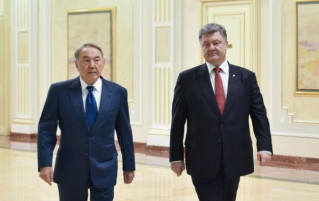 Фото: Нурсултан Назарбаев и Петр Порошенко
