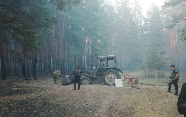 Возле Станицы Луганской горит заминированный лес