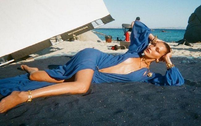 Полуголая на пляже: Белла Хадид восхитила идеальным телом на откровенных фото