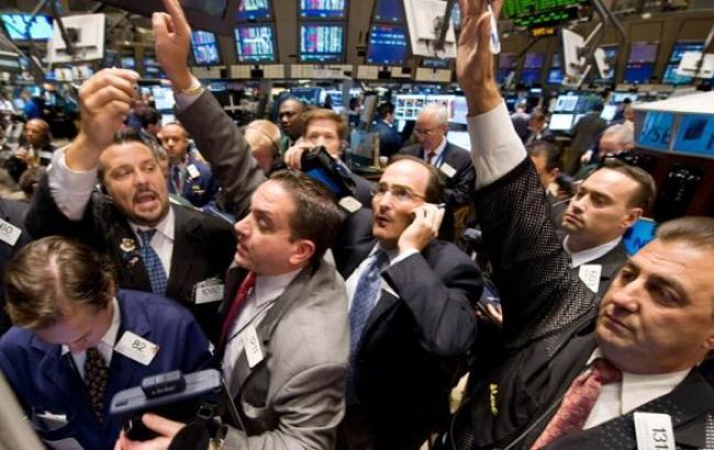 Курс долара на міжбанку о 10:19 у продажу знизився до 23,00 грн/дол., - Інтербізнесконсалтинг