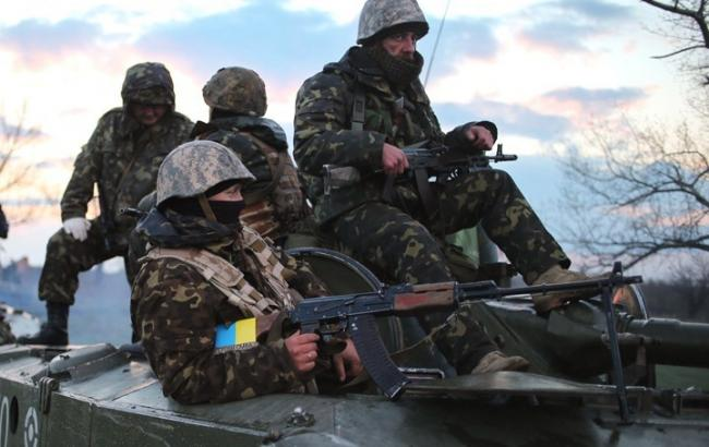 Бойовики за добу здійснили 39 обстрілів позицій сил АТО