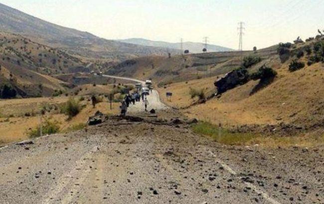 Жертвами взрыва на юго-востоке Турции стали восемь солдат