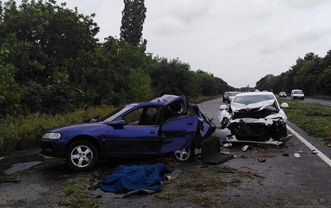 У Миколаївській області в ДТП загинула людина, ще двоє постраждали
