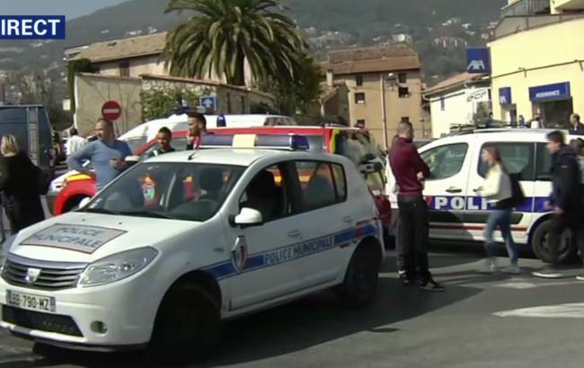 В результаті стрілянини в ліцеї у Франції постраждали 8 людей