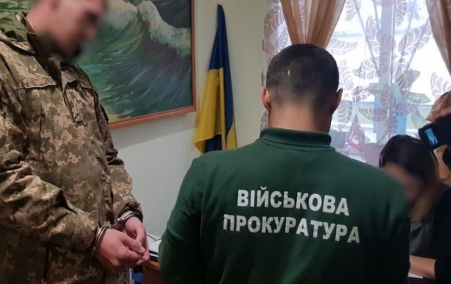 Военная прокуратура задержала двух десантников, которые хотели продать более 4 кг взрывчатки