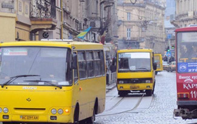 Фото: Маршрутка во Львове (lviv.tv)