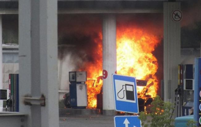 В Киеве на АЗС произошел взрыв