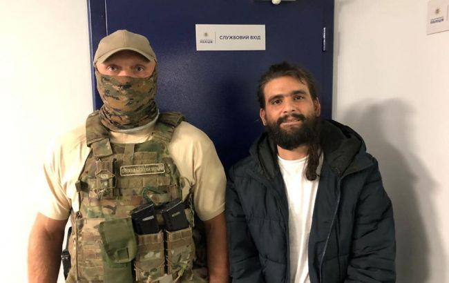 """Появилось видео побега израильского наркобарона в """"Борисполе"""""""