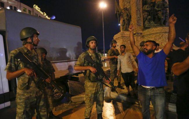 ВТурции двум военным присудили пожизненное заключение заучастие вперевороте