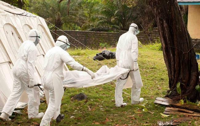 Кількість жертв від Еболи досягло 5 тис. 420 чоловік, - ВООЗ