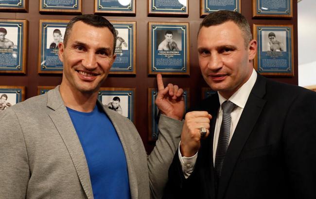 Кличко став першим українцем, якого включили до Міжнародної зали боксерської слави