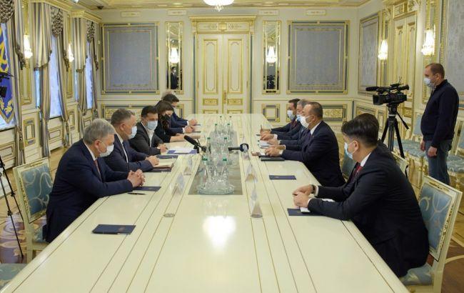 Зеленський зустрівся з турецькими міністрами: обговорили військову угоду