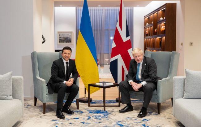Зеленський і Джонсон обговорили стратегічне партнерство України і Британії