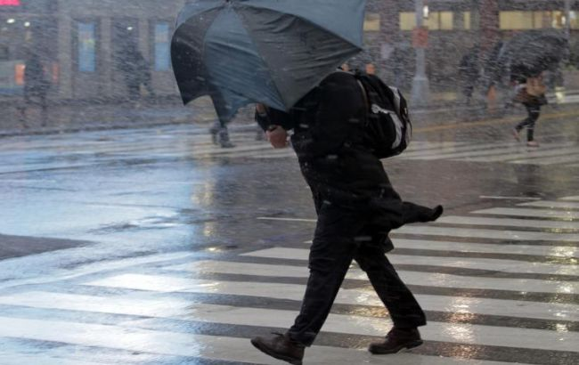 Фото: прогнозують пориви вітру 15-20 м/с
