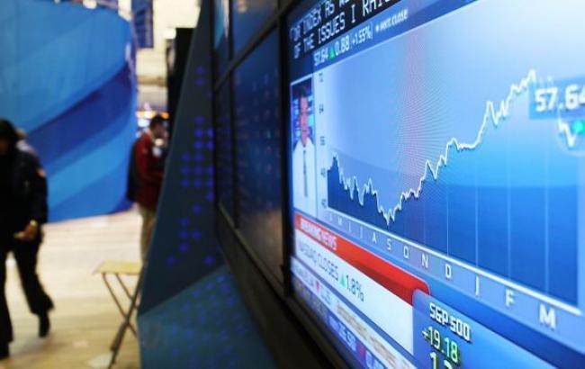 Курс доллара на межбанке 30 марта снизился до 23,55 грн/долл., - Укрдилинг