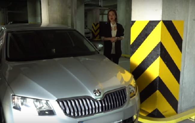 У голови НАЗК знайшли незадекларований автомобіль (Кадр з відео youtube.com/bihus.info)