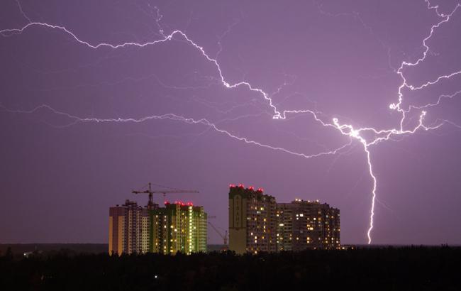 Накроет грозами: синоптики дали прогноз погоды на 18 августа