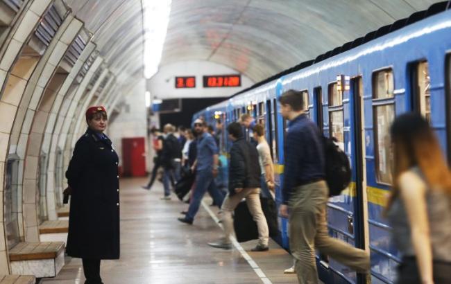 Ілюстративне фото: метро Києва (УНІАН)