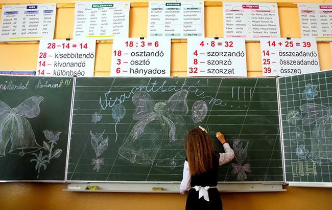 В парламенте предлагают, чтобы в старших классах объем преподавания на государственном языке был не менее 80% в школах, в которых обучение проводится на языке нацменьшинства
