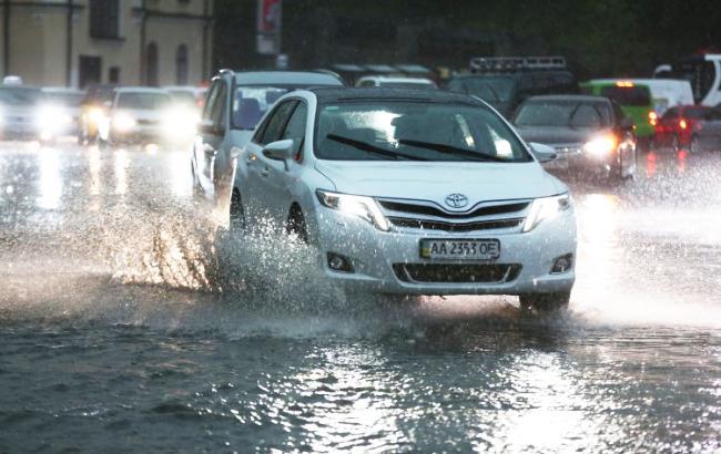 Сзапада вгосударство Украину идут дожди иснегопады— Погода навыходные