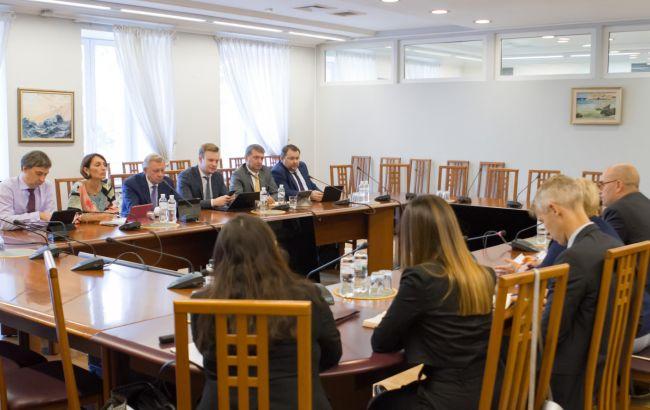 НБУ і місією МВФ розпочали роботу над новою програмою для України