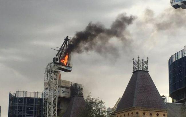 В Австралии на стройплощадке обрушился кран