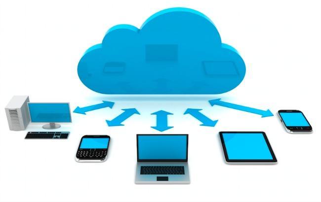 Фото: рынок публичных облачных сервисов стабильно растет (centraldatatech.com)