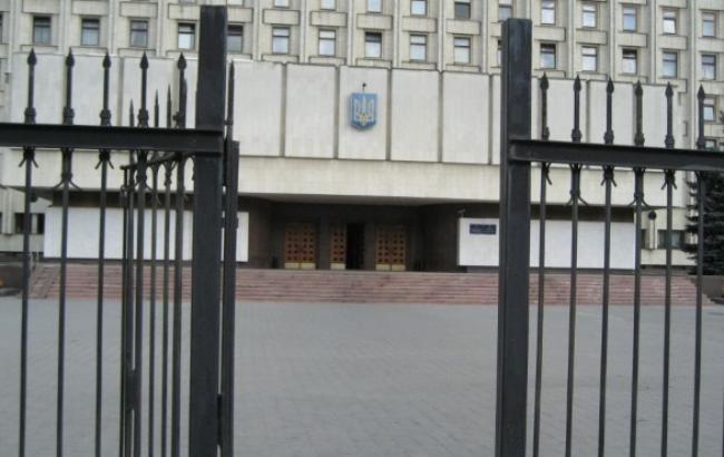 ЦВК зареєструвала 313 з 422 нардепів