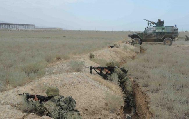 Фото: Ереван и Баку заявили о нарушении