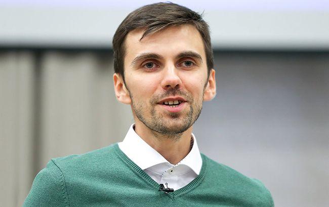 Павел Ковтонюк уверен, что реформа здравоохранения позволит реализовать права граждан на бесплатную медицину, фото УНИАН