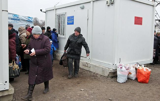 Червоний Хрест готовий допомагати у виплаті пенсій на окупованому Донбасі