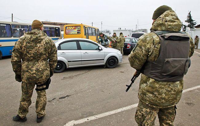 Боевики не пускают украинцевчерез свои КПВВ даже при особых обстоятельствах