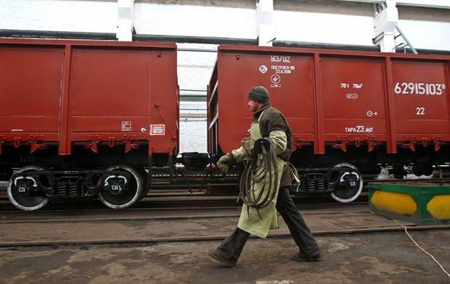 """""""Укрзализныця"""" объявит новый тендер на закупку грузовых вагонов"""