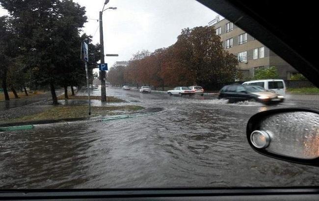 Фото: злива в Одесі