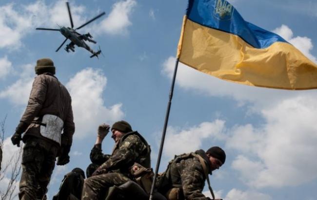 БТР з українськими військовими підірвався на міні біля Маріуполя, 8 осіб постраждали