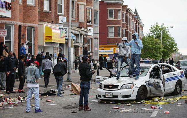 Фото: беспорядки в Балтиморе (Fotobank/Getty Images)