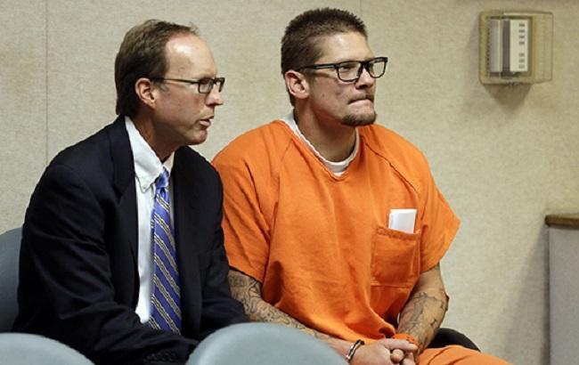 Фото: Уейн Хантсмен 8 квітня визнав свою провину