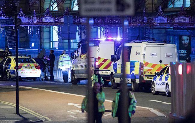 Теракт в Манчестере: полиция арестовала троих подозреваемых