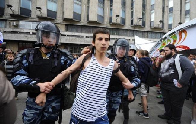 Впроцессе акции оппозиции 12июня было задержано порядка 140 несовершеннолетних