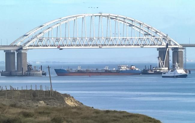 У НАТО відреагували на напад РФ на українські кораблі в Азовському морі