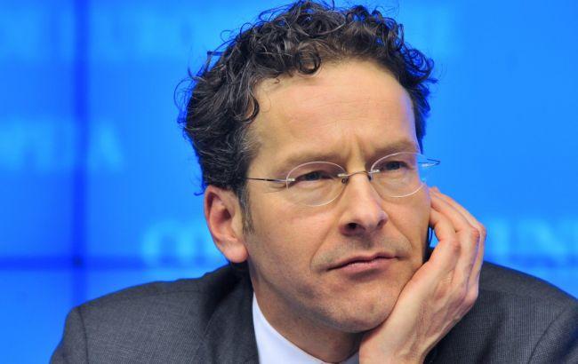 Еврогруппа призвала Грецию представить план реформ