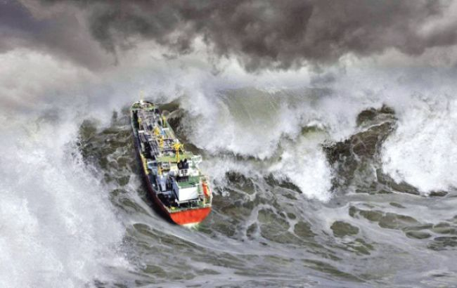 В Греции корабль с украинцами попал в шторм