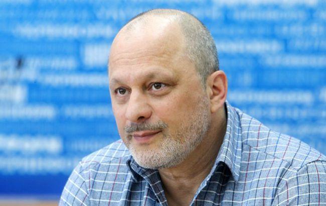 Аласания не исключает связь обысков с иском Богдана