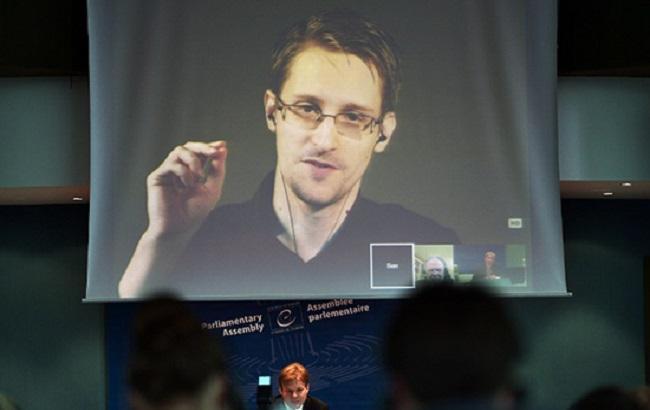 Фото: правозащитники просят Обаму помиловать Сноудена