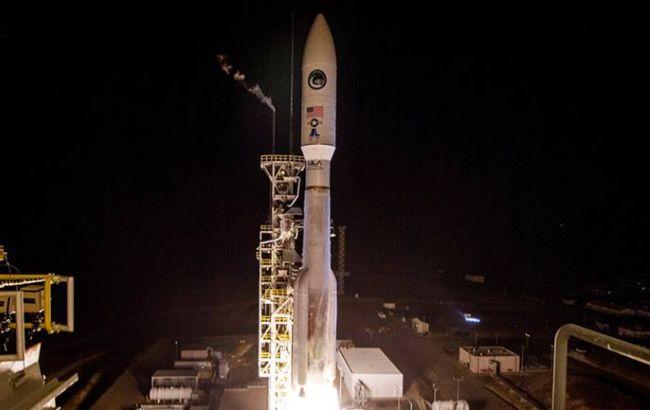 Фото: запуск космической ракеты (facebook.com/ulalaunch)