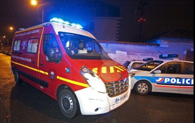ДТП у Франції: при зіткненні мікроавтобуса з вантажівкою загинули 12 людей