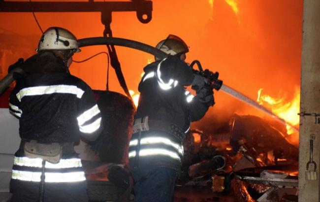 Фото: ликвидация пожара (прес-служба ГСЧС Украины)