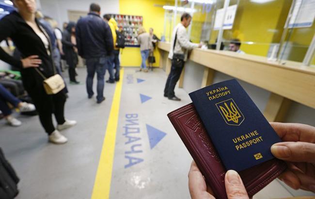 С начала действия безвизового режима в ЕС не пустили 33 украинцев
